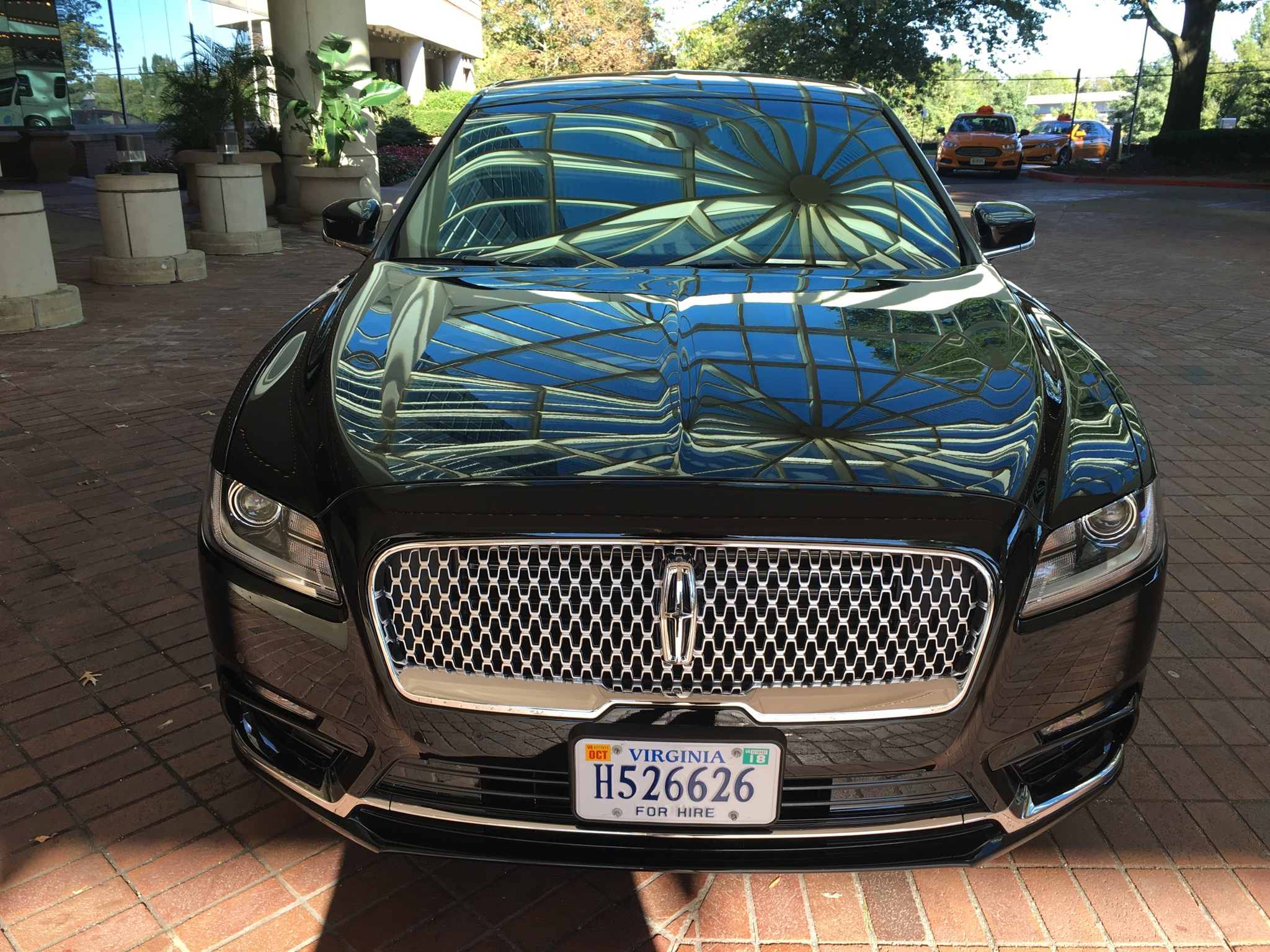 Lincoln Continental 2017 Corporate Services
