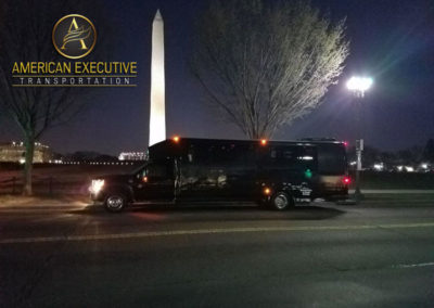 AET MiniBus 28 passenger serving Washington DC Monument Tours
